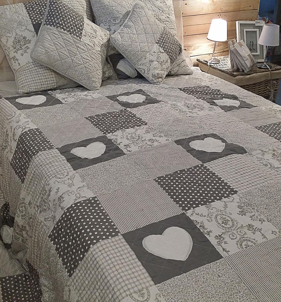 boutis gris finest boutis gris with boutis gris good. Black Bedroom Furniture Sets. Home Design Ideas