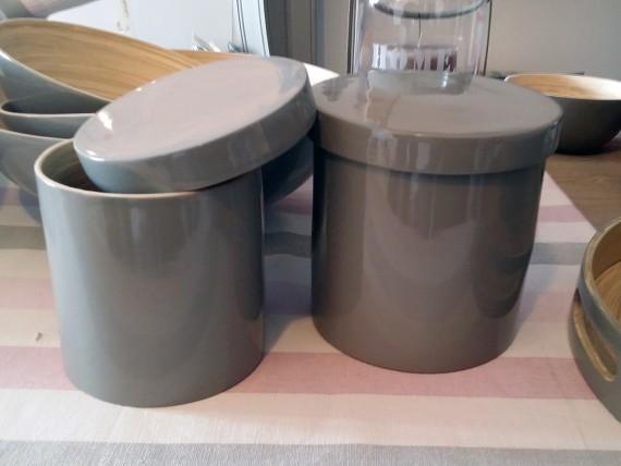Boite cylindrique bambou laqué - Simla