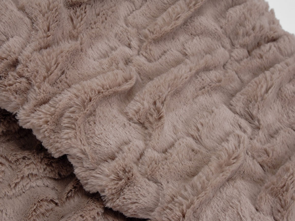 plaid fausse fourrure marron 28 images plaid haut de. Black Bedroom Furniture Sets. Home Design Ideas