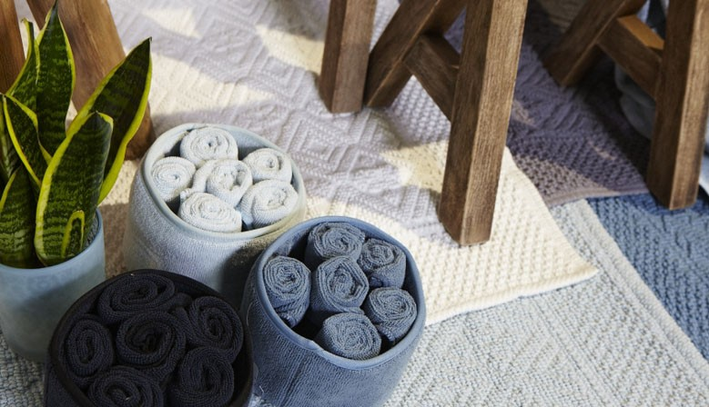 Petite corbeille raffinée et ses 6 serviettes d'invité